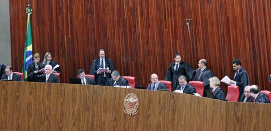 TSE aprova resoluções sobre regras das eleições de 2018