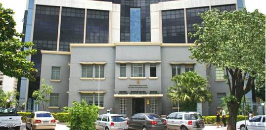 TRE-GO suspende decisões que autorizavam o registro de candidaturas avulsas