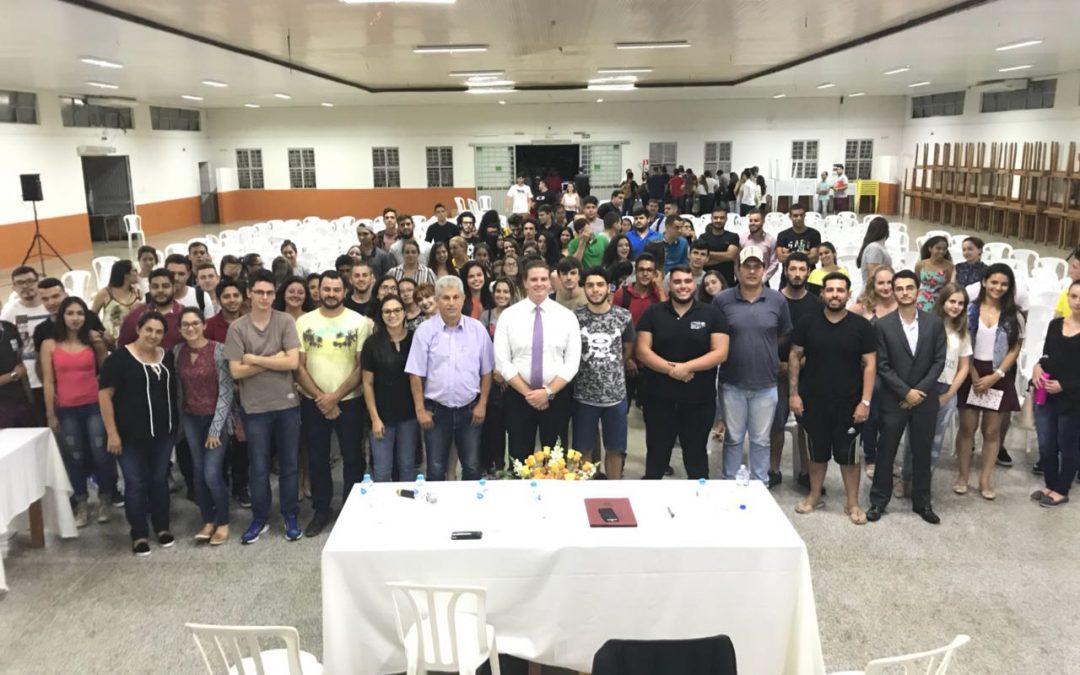 Presidente do IPRADE palestra a estudantes da Univale