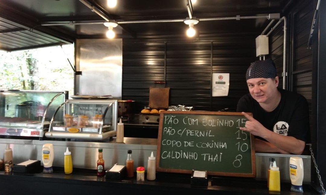 Espaço dos Food Trucks oferece opções rápidas e saborosas para o almoço