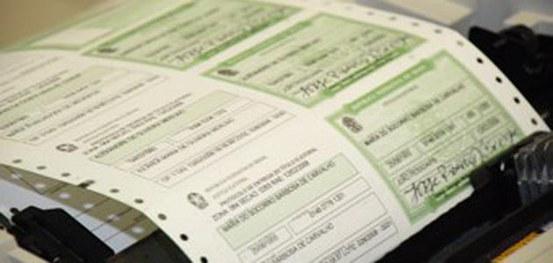 Mais de 2,6 milhões de eleitores faltosos poderão ter o título cancelado