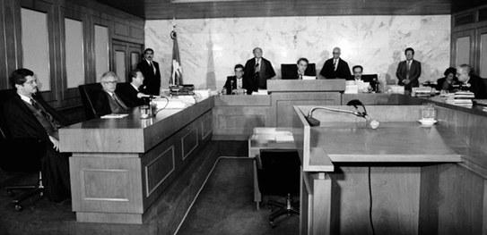 Julgamentos históricos da Justiça Eleitoral marcam busca por consolidação da democracia