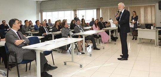 TRE-PR promove formação de formadores para sua Escola Judiciária