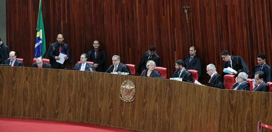 Aprovada mudança do nome do Partido da República (PR) para Partido Liberal (PL)