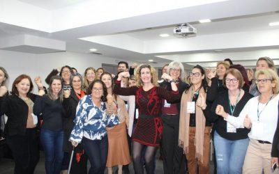 Fórum reúne mais de 100 mulheres para discutir participação feminina na política