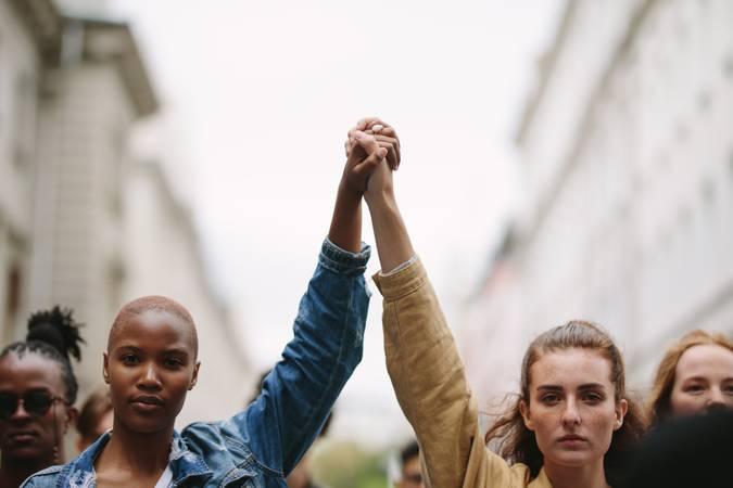 Sancionada lei que combate violência política contra a mulher